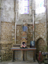 Photo: Here, in a small side chapel, the Madonna and Child.