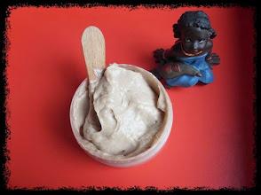 Photo: Crema ProPerfecciones para el cuerpo. Con aceite de Argan, Neem, manteca de Karité y aroma de Cacao :)