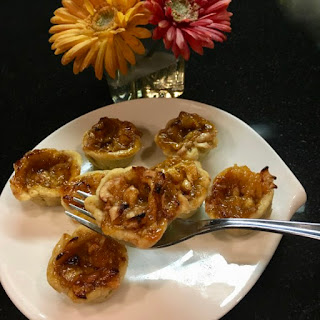 Forking Adorable and DELICIOUS Mini Apple Pie Bites