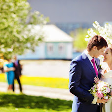 Wedding photographer Aleksey Kalmykov (Kalmykov). Photo of 27.04.2014