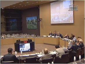 Photo: 08/06/11.Commission du développement durable : Présentation du rapport de la mission d'information gas et huile de schiste (disponible jusqu'au: 06/09/11).  http://www.assemblee-nationale.tv/chaines.html?media=2693#