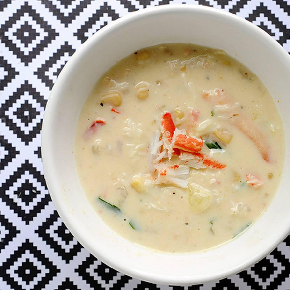 Crab & Shrimp Corn Soup – Under 300 Calories Per Serving!