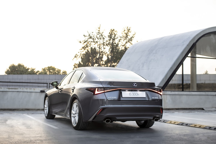 Dual exhaust outlets dominate the rear.