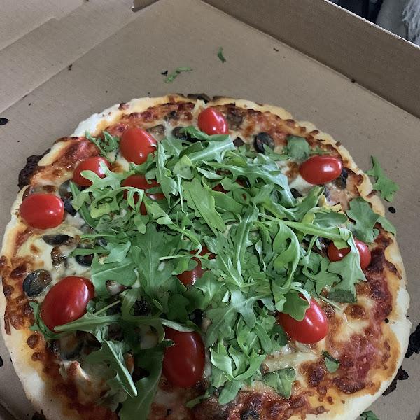Contadino pizza on a GF crust!