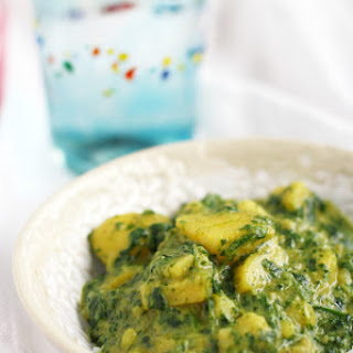 Spinach and Potato Curry (Aloo Palak).