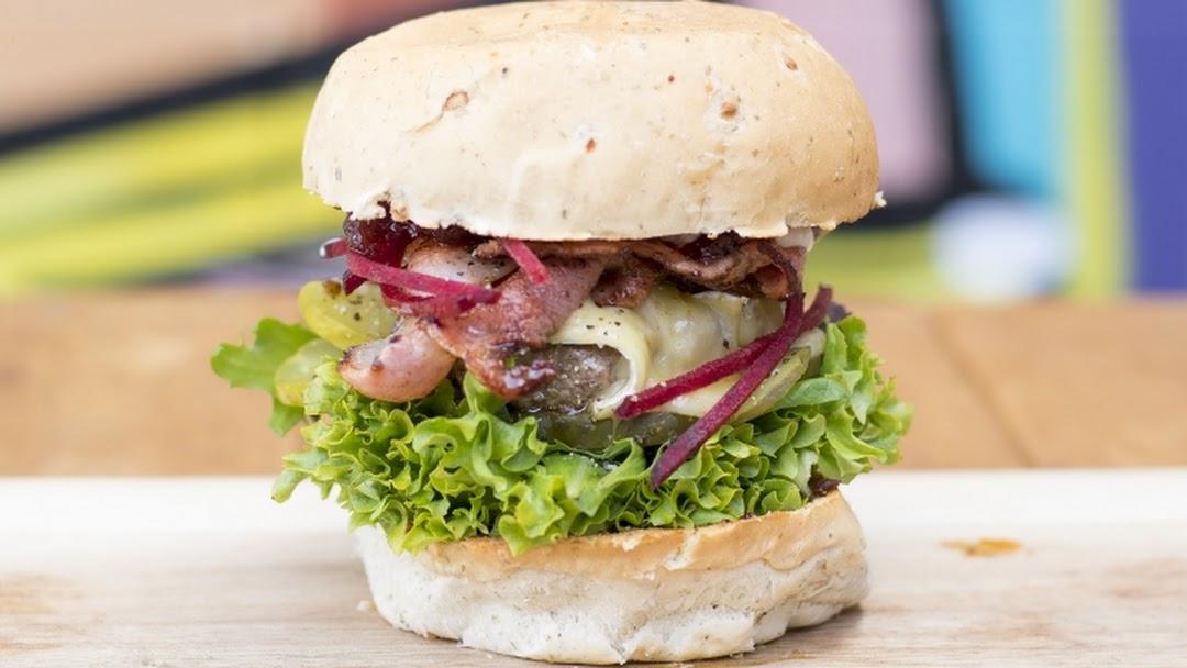Slick Burgers - Salads - Catering - Burger & Salad