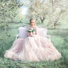 Wedding photographer Anna Dombrovskaya (AnnaDombrovska). Photo of 30.04.2017