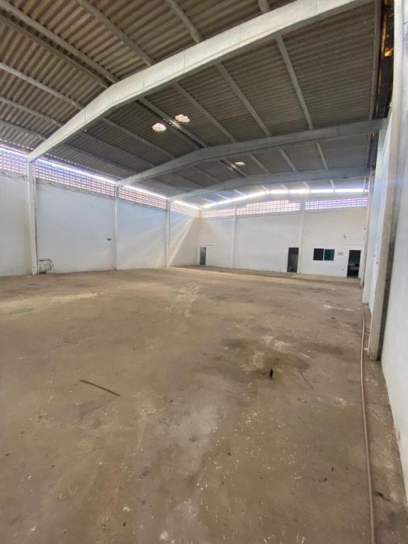 Galpão para alugar, 375 m² por R$ 3.500,00/ano - Renascer - Cabedelo/PB