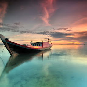 by Rawi Wie - Transportation Boats