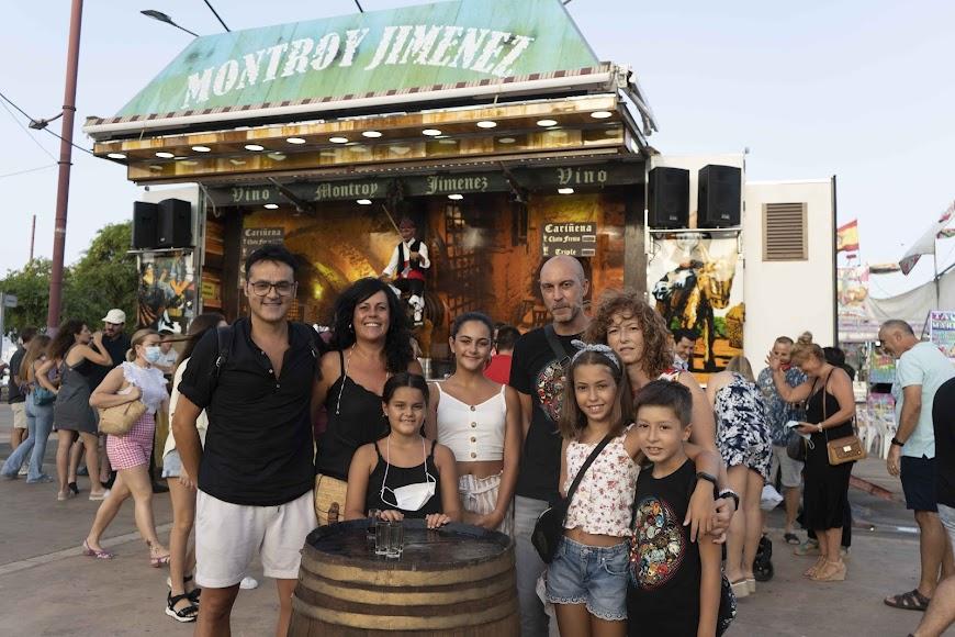 Dos familias de amigos, los Heredia y los Castro