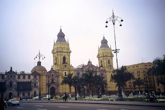 Photo: Lima, katedra na Plaza de Armas / Cathedral at the Plaza de Armas