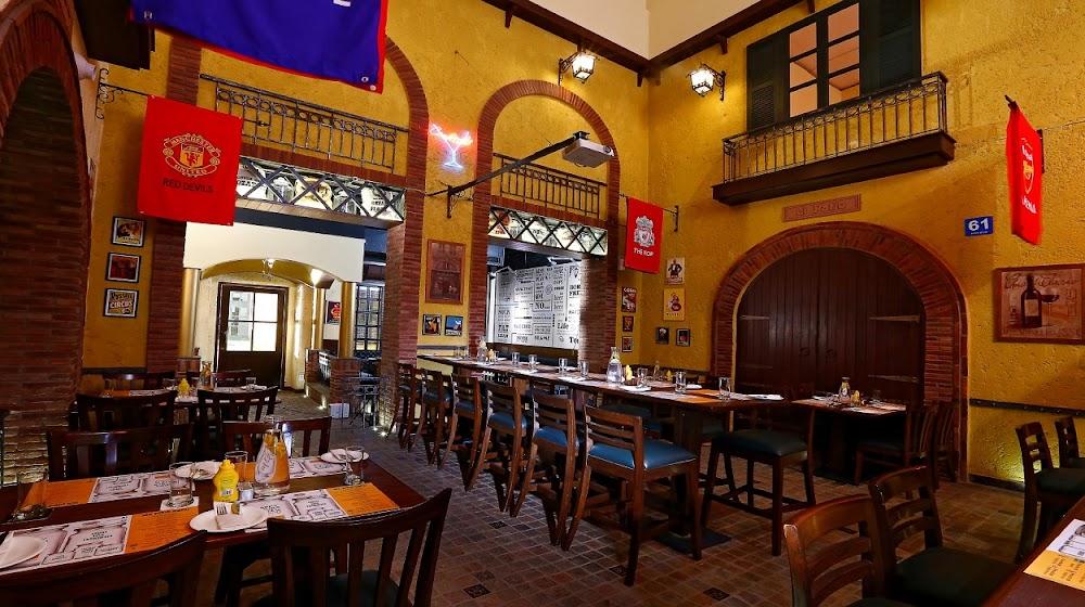 top-sports-bars-delhi-Pebble_Street