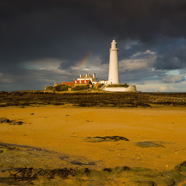 St. Mary's Lighthouse by Martin West - Buildings & Architecture Other Exteriors