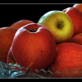 apples by Darko Kordic - Food & Drink Fruits & Vegetables