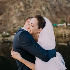 Wedding photographer Evgeniy Artinskiy (Artinskiy). Photo of 31.01.2017