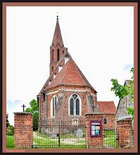 Photo: Die St.-Jacobi-Kirche in Kasnevitz auf der Insel Rügen wurde im 14. Jahrhundert errichtet.