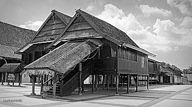 Photo: Ballalompoa (Istana Raja Gowa) dibangun tahun 1936. Lokasi : Sungguminasa, Gowa, Indonesia. http://nurkasim49.blogspot.com/2011/12/iii.html