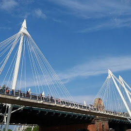 London trip by Tiffany Wu - Buildings & Architecture Bridges & Suspended Structures