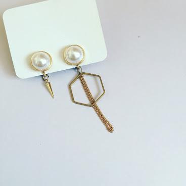 Handmade珍珠六角形耳夾