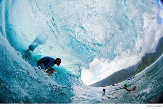 Photo: Photo of the Day: Kelly Slater, Tahiti. Photo: Glaser #Surfer #SurferPhotos