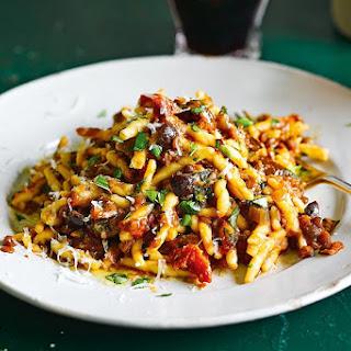 Jamie Oliver'S Sicilian Lentil and Olive Ragu Recipe