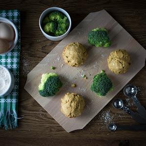 Broccoli Muffins Ingridients.jpg