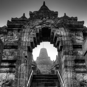 Way to Arupadhatu (Borobudur Temple) by Yudhi Hendra - Buildings & Architecture Statues & Monuments