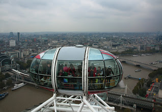 Photo: Pohled z London Eye  http://www.turistika.cz/cestopisy/londyn-london-eye-trafalgar-square-palace-of-westminster-big-ben-piccadilly-circus-eurotunel