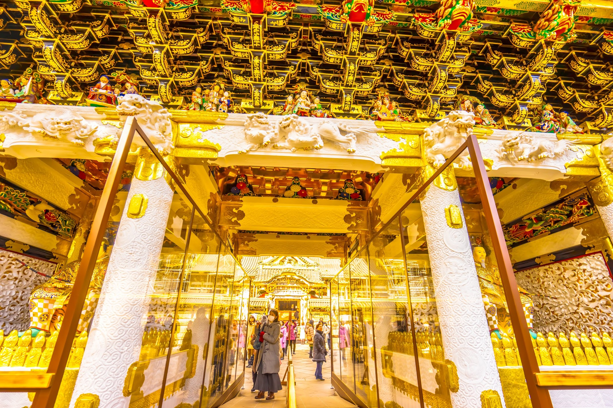 Nikko Toshogu Shrine Yomeimon Gate5