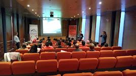 Los estudiantes durante la charla impartida por Jesús Lara.