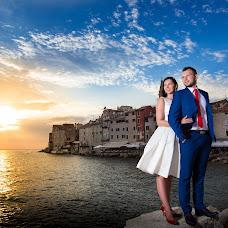 Wedding photographer Marek Kielbusiewicz (MarekKielbusiew). Photo of 03.10.2016
