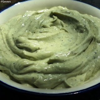 Eggless Basil Mayonnaise using ACV