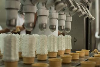 Photo: Fabricando los conos
