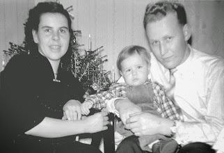 Photo: Weihnachten 1958: ein Familienfoto für die Verwandtschaft.