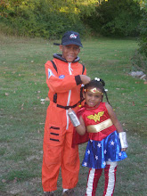 Photo: the astronaut & wonder woman