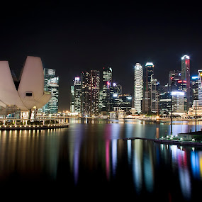 Nightscape Marina Bay by Pdream's Poenya - Landscapes Starscapes ( sands, bay, the helix, art sciene, megah, mbs, long exposure, museum, marina, landscape, singapore, nightscape )