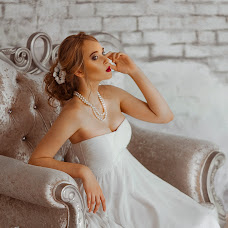 Wedding photographer Yana Zakharenko (zakhar2012). Photo of 21.02.2018