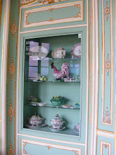 Photo: There is also a large collection of porcelain from Sceaux and Sèvres.
