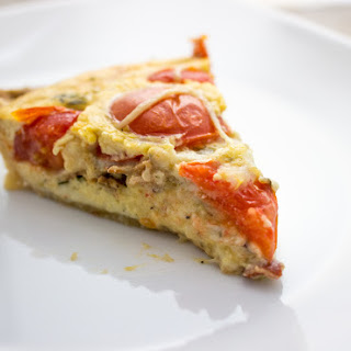 Cheesy Quiche Lorraine With Bacon And Tomatoes