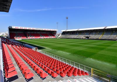 📷 La nouvelle tribune de l'Antwerp est sortie de terre