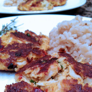 Jumbo Lump Crab Cakes with Roasted Red Pepper