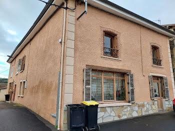 maison à Neaux (42)