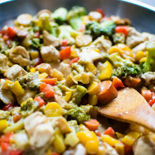 Healthy One-Skillet Teriyaki Chicken & Veggie Stir Fry Recipe