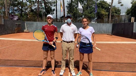El Club de Tenis Almería vuelve a reinar en el tenis femenino andaluz