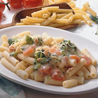 Rigatoni mit Broccoli-Carbonara