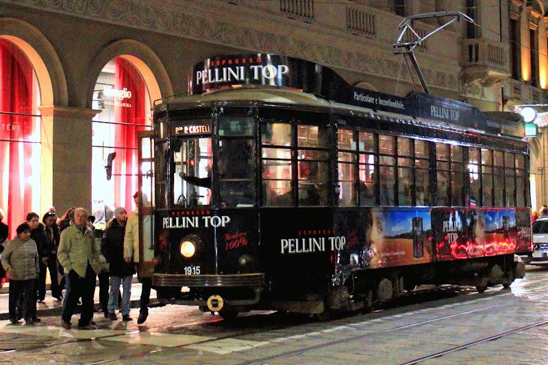 il tram nero a Milano di gfg