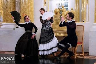 Photo: Romana Agnel, Małgorzata Matuszewska, Dariusz Brojek - taniec hiszpański wiek XVIII