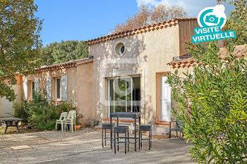 villa à Garéoult (83)