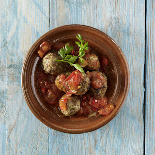 Herbed Meatballs with Fresh Tomato Sauce