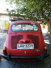 Photo: Autot olivat enimmäkseen vanhoja